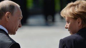 Премьер Баварии рассказал о благородстве Путина в отношении Меркель