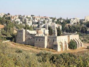 [не корысти ради] СМИ: бывший премьер Грузии намерен выкупить монастырь Святого Креста в Иерусалиме.