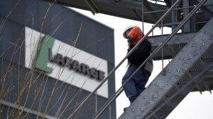 Le Monde: французский концерн Lafarge сотрудничал с боевиками ИГ в Сирии