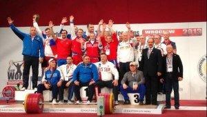 Сборная России по тяжелой атлетике в полном составе отстранена от Игр