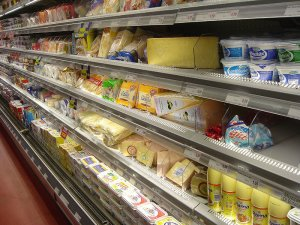 В Дании набирает популярность супермаркет, продающий просроченные продукты