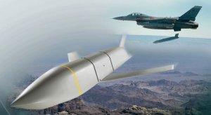 В Польшу прибыли первые крылатые ракеты JASSM-ER из США