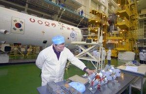 """РКК """"Энергия"""" планирует доставлять экипажи и грузы на МКС за три часа"""