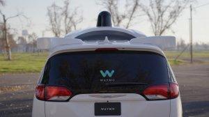 Waymo (Google)  обвиняет Uber в краже технологии роботизированных такси