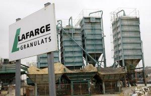 Французская компания Lafarge признала, что ее завод в Сирии платил пошлину исламистам