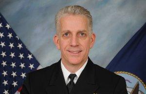Адмирал и восемь офицеров ВМС США выдавали военные тайны в обмен на секс-вечеринки