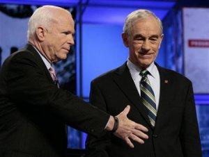 """Рон Пол ответил Маккейну на обвинения в адрес его сына о """"работе с Путиным"""""""