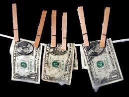 В круге Света: Как выводят деньги из России?