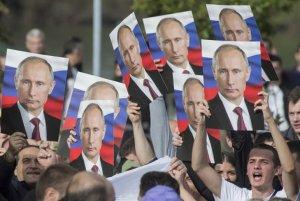 Кремль изучает рекомендации экспертов по повышению явки на выборы-2018