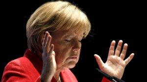 [Все в сад] Schwäbische Zeitung: в Сочи Путину придётся слушать, а говорить Меркель будет