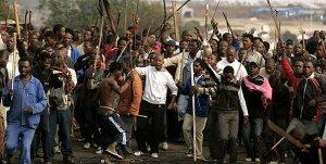 """[негритюд] """"Я убил их потому, что они были белые"""". В ЮАР происходит геноцид белого населения при полном, абсолютном, гробовом молчании политкорректного мирового сообщества"""