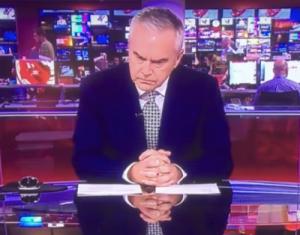 Ведущий программы новостей на BBC четыре минуты молчал в эфире