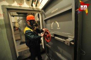 Из старого бункера в Омской области в воду утекают ртуть и пестициды