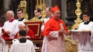 В Ватикане жандармы прервали гомосексуальную оргию с кокаином у секретаря кардинала