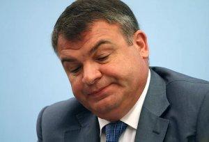 Нерукопожатный (На МАКСе Сердюкова не подпустили к Путину)