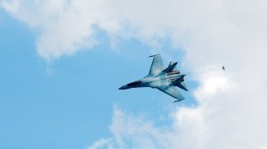 [Ровно один градус] Погибшего пилота ВВС США ранее просили не повторять фигуры пилотажа российских асов