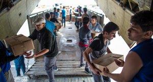 Сирийская армия организовала гуманитарные коридоры в Дейр-Эззоре. Инженерные подразделения наводят мост через Евфрат в Эль-Джефре