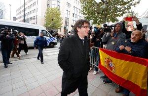 Пучдемон и экс-члены правительства Каталонии сдались бельгийской полиции