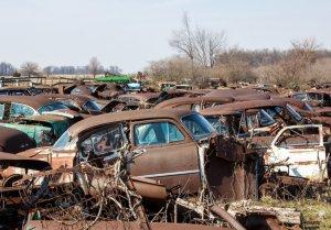 Пропавшую 20 лет назад машину нашли там, где ее припарковал владелец