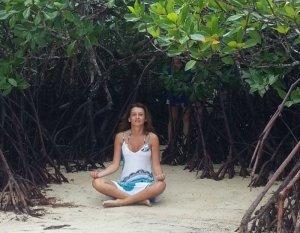 """Жительница Перми за 10 лет  накопила и приобрела остров, где снимался фильм """"Голубая лагуна""""."""