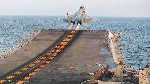 """Российские специалисты качественно обслуживают авианосец """"Викрамадитья"""" - индийский адмирал"""