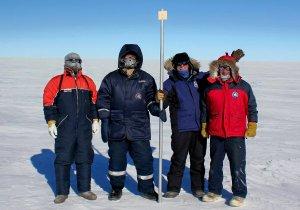 Петербургские ученые исследуют самый древний лед на Земле