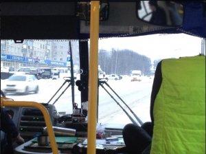 """Активисты ОНФ предлагают запретить водителям общественного транспорта """"парить"""" за рулем"""