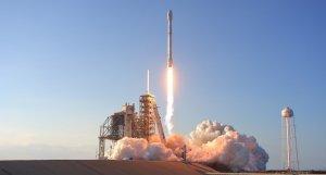 [Заработали!] SpaceX успешно запустила первые спутники для раздачи Интернета