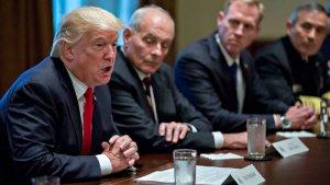"""The Onion, США: """"Просто скажите, кого убить"""" - американский генерал не выдержал бессвязного ответа Трампа по Сирии"""