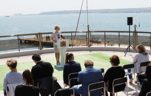 Крымский мост может помешать планам Госдепа перебросить шестой флот США к берегам Белоруссии - Захарова