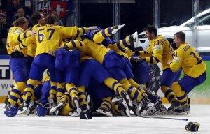 Сборная Швеции по хоккею стала 11-кратным чемпионом мира