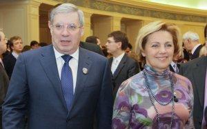 """Кумовство 2.0: как жена экс-губернатора Толоконского бюджет края """"подъедала"""""""