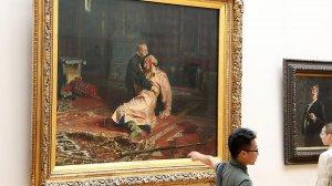 В Третьяковке задержали повредившего картину Репина мужчину