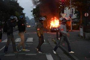 Во французском Нанте начались погромы после гибели мужчины от рук полицейских