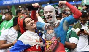 """[""""Дикари умеют смеяться""""] Репортер Die Welt обвинила СМИ ФРГ в высокомерном отношении к России"""