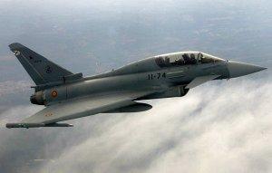 Испанский истребитель по ошибке произвел пуск боевой ракеты в небе над Эстонией (Сообщается, что ракета могла упасть на землю примерно в 40 км к северу от города Тарт)