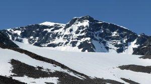 В горах Кабардино-Балкарии из-за схода лавины погибли четверо росгвардейцев