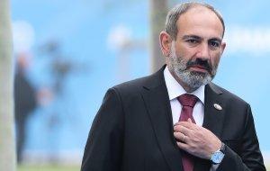 Премьер-министр Армении заявил, что готовится уйти в отставку в ближайшее время (По мнению Пашиняна, это необходимо для проведения досрочных парламентских выборов)