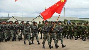 Китай готов укреплять военное стратегическое взаимодействие с Россией, чтобы корабль двусторонних военных отношений шел на всех парусах, рассекая волны - У Цянь