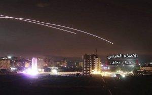 """Либерман отвергает российские """"ограничения"""" в отношении израильских авиаударов в Сирии"""