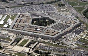 Пентагон отказался прояснять детали найма его подрядчиком военных переводчиков с украинского