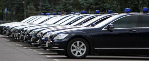 Губернатор Ульяновской области запретил чиновникам ездить на служебных авто