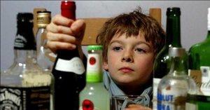 Будем стоять насмерть. Родительский комитет раскритиковал идею приучать детей к алкоголю
