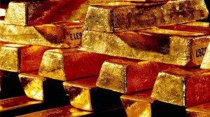 Банк Англии отказал Мадуро в возвращении золотых слитков на $1,2 млрд
