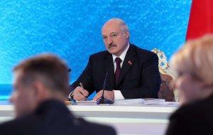 Лукашенко: Белоруссия не против общей валюты с Россией