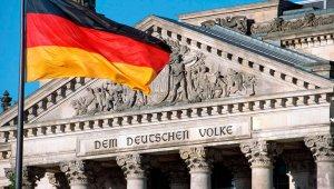 Депутат Бундестага призвал срочно снять антироссийские санкции