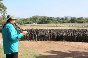 Николас Мадуро призвал венесуэльских военных готовиться к войне с США