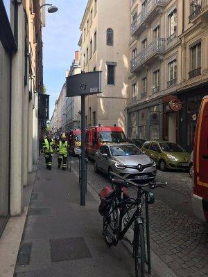 СМИ сообщили о не менее семи пострадавших при взрыве в Лионе