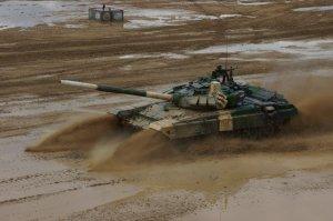 Российские танки Т-72Б3 установили три мировых рекорда скорости