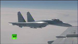 Российские Су-27 отогнали истребитель НАТО от самолета Шойгу над Балтикой